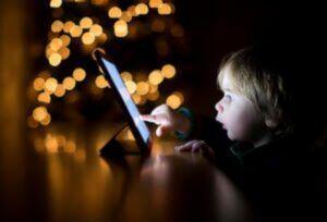 efeitos positivos e negativos da tecnologia nas crianças
