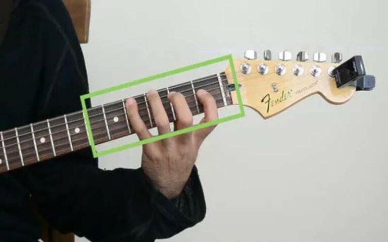Os diferentes recursos na aprendizagem da guitarra